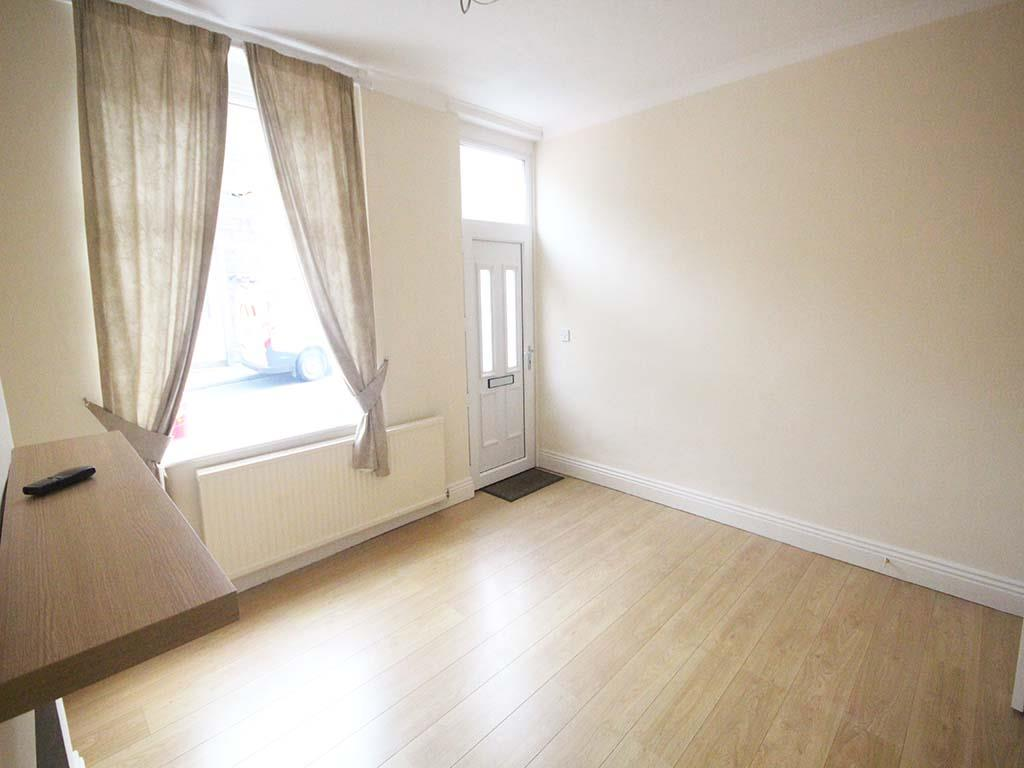 2 bedroom mid terrace house For Sale in Barnoldswick - IMG_7380.jpg
